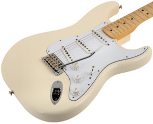 stratocaster-maple-neck