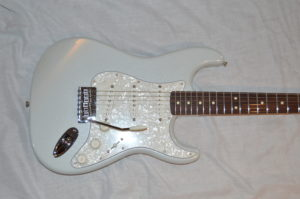 2016 New Fender White Opal Stratocaster